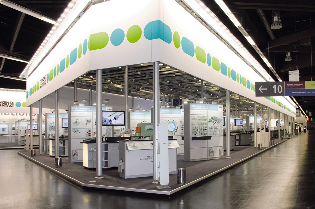 Messestand von Phoenix Contact auf der SPS IPC Drives 2016