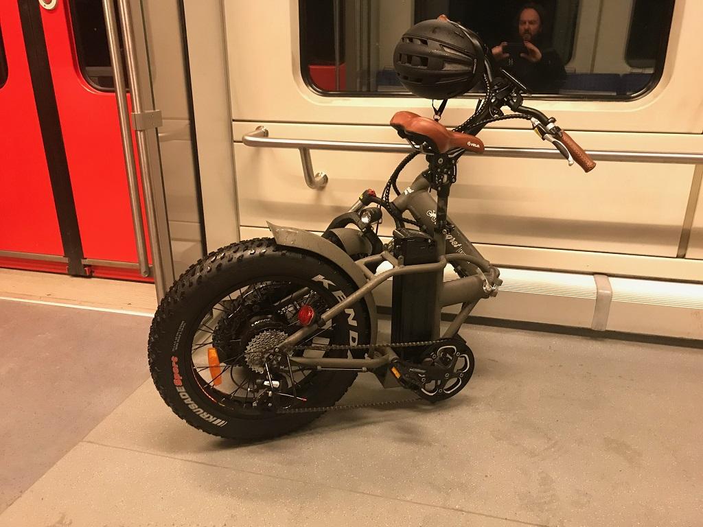 E-Bike auf dem Weg zur Arbeit