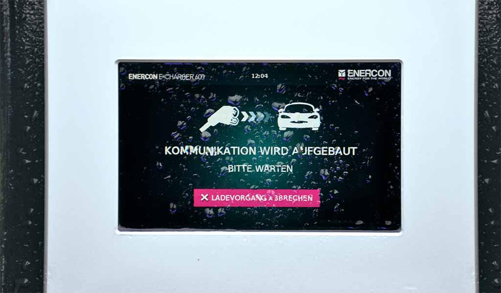 Monitor E-Auto