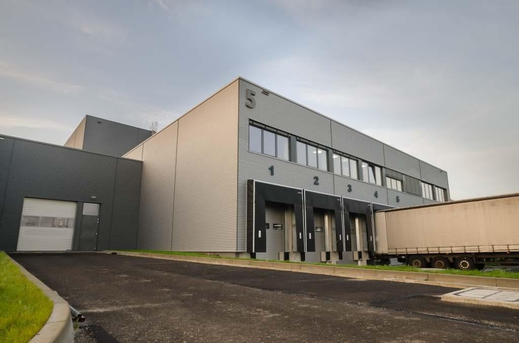Logistik Gebäude mit Gebäudemanagement