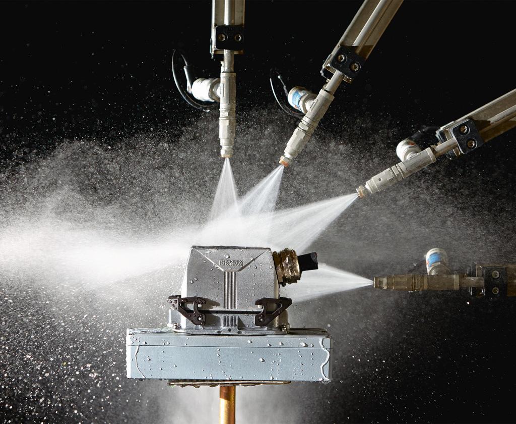 Feuer, Wasser, Erde, Luft: im Umweltsimulationslabor